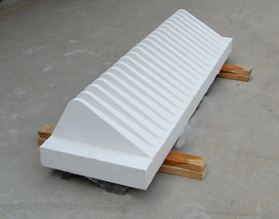 Ceramic wire comb